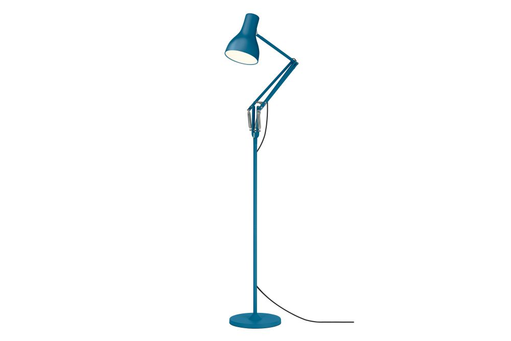 https://res.cloudinary.com/clippings/image/upload/t_big/dpr_auto,f_auto,w_auto/v1561029381/products/type-75-floor-lamp-margaret-howell-edition-anglepoise-kenneth-grange-clippings-11232930.jpg