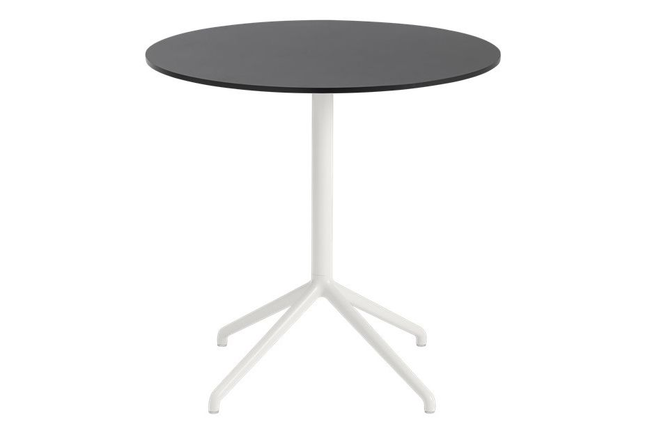 https://res.cloudinary.com/clippings/image/upload/t_big/dpr_auto,f_auto,w_auto/v1561102495/products/still-cafe-table-round-top-low-muuto-iskos-berlin-clippings-11234722.jpg