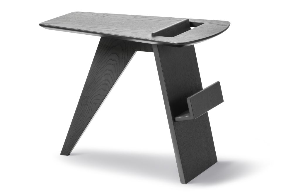 Risom Magazine Table Oak Black Lacquered,Fredericia,Coffee & Side Tables,desk,furniture,outdoor table,stool,table