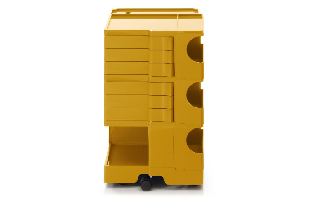 https://res.cloudinary.com/clippings/image/upload/t_big/dpr_auto,f_auto,w_auto/v1562056016/products/boby-trolley-storage-medium-b-line-joe-colombo-clippings-11244658.jpg