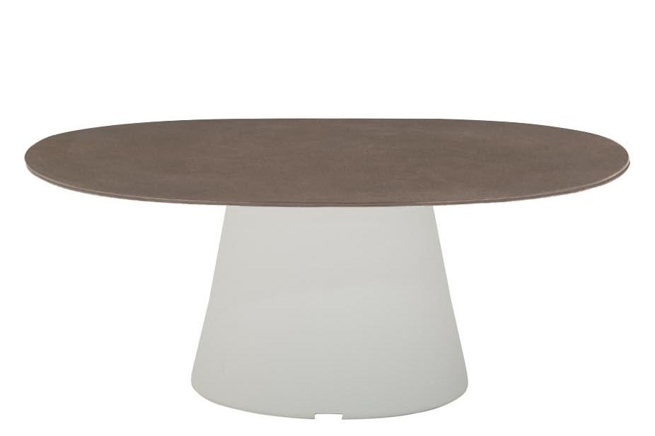 https://res.cloudinary.com/clippings/image/upload/t_big/dpr_auto,f_auto,w_auto/v1562130016/products/reverse-occassional-stone-top-ellipse-coffee-table-90-x-90-polyethylene-finish-stone-finish-earth-brown-andreu-world-piergiorgio-cazzaniga-clippings-11245856.jpg
