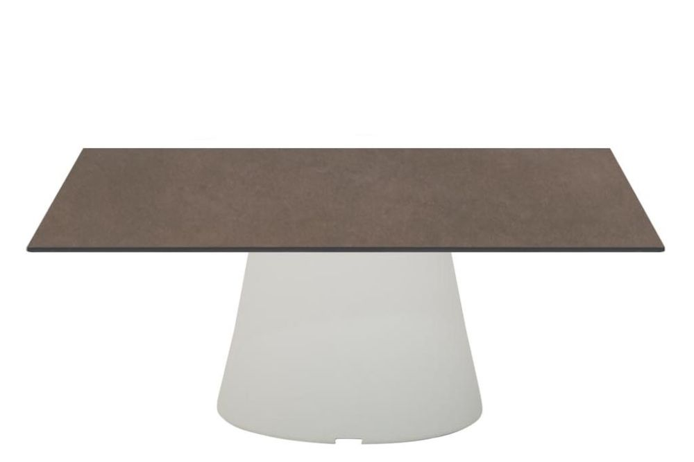 https://res.cloudinary.com/clippings/image/upload/t_big/dpr_auto,f_auto,w_auto/v1562131930/products/reverse-occassional-stone-top-square-coffee-table-andreu-world-piergiorgio-cazzaniga-clippings-11245873.jpg