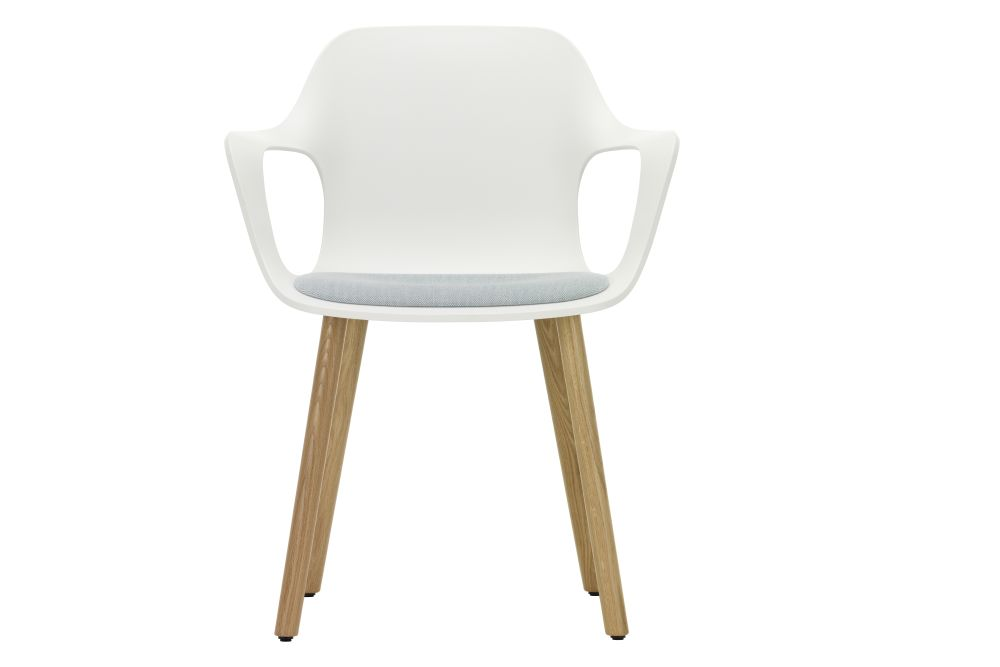 https://res.cloudinary.com/clippings/image/upload/t_big/dpr_auto,f_auto,w_auto/v1562250132/products/hal-wood-armchair-with-seat-pad-vitra-jasper-morrison-clippings-11252423.jpg