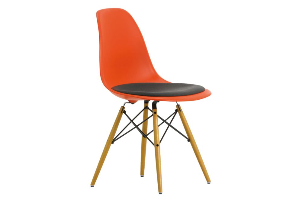 https://res.cloudinary.com/clippings/image/upload/t_big/dpr_auto,f_auto,w_auto/v1562252445/products/dsw-side-chair-seat-upholstered-vitra-charles-ray-eames-clippings-11252435.jpg