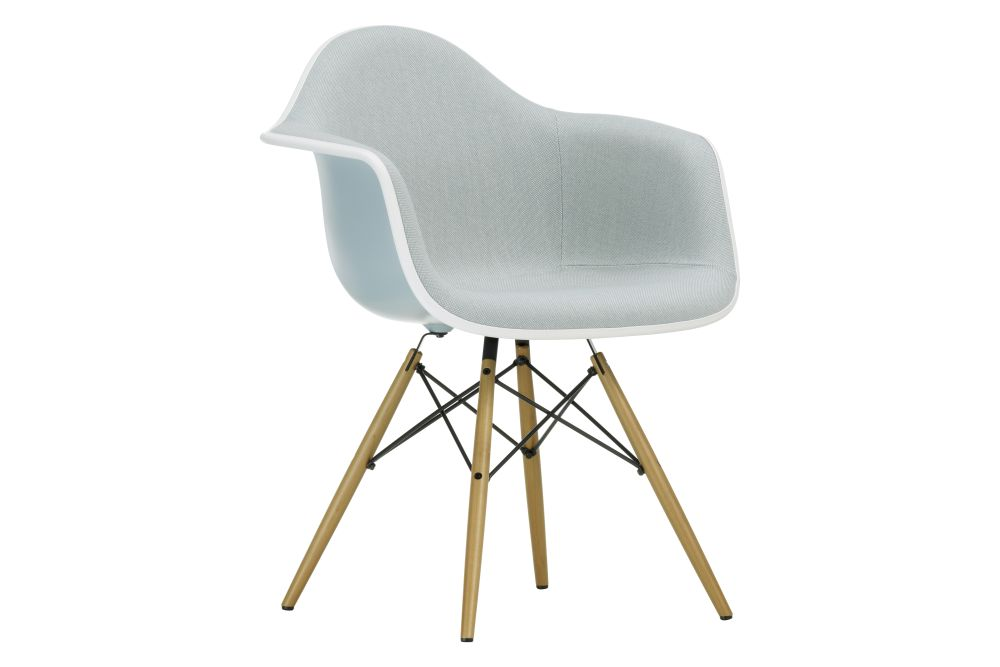 https://res.cloudinary.com/clippings/image/upload/t_big/dpr_auto,f_auto,w_auto/v1562595344/products/daw-armchair-front-upholstered-vitra-charles-ray-eames-clippings-11258114.jpg