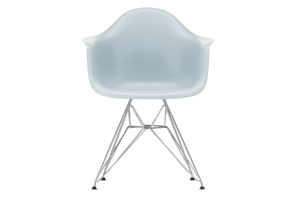 https://res.cloudinary.com/clippings/image/upload/t_big/dpr_auto,f_auto,w_auto/v1562659985/products/dar-armchair-vitra-charles-ray-eames-clippings-11258334.jpg