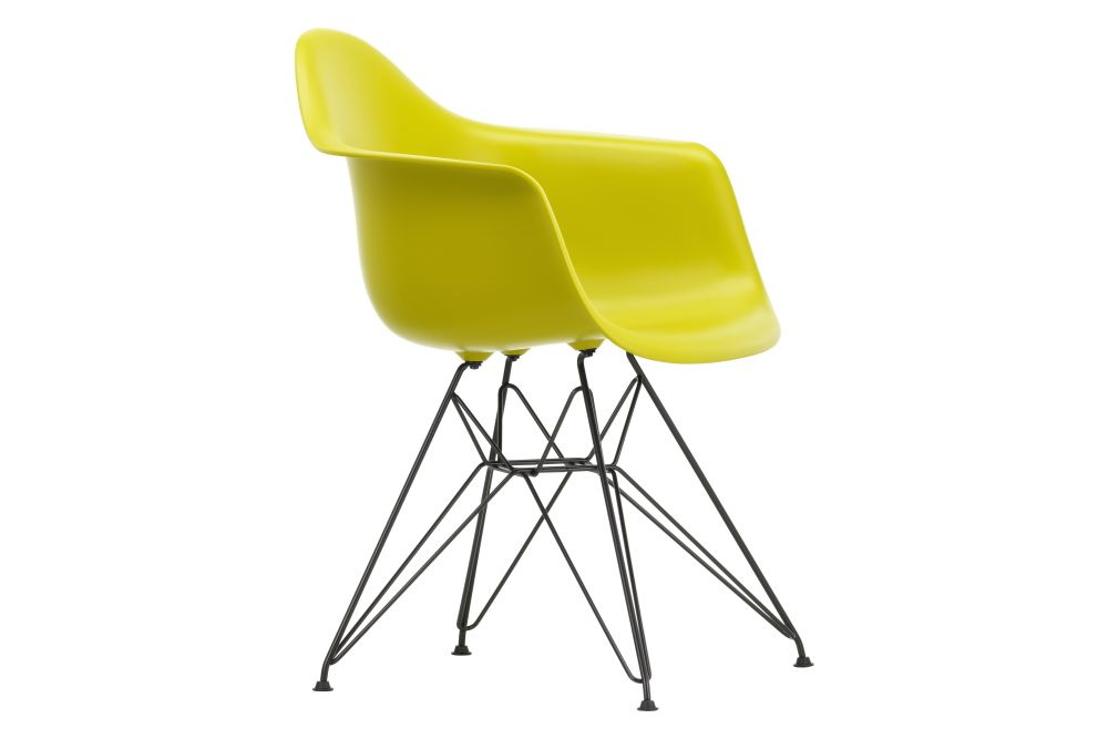 https://res.cloudinary.com/clippings/image/upload/t_big/dpr_auto,f_auto,w_auto/v1562660229/products/dar-armchair-vitra-charles-ray-eames-clippings-11258351.jpg