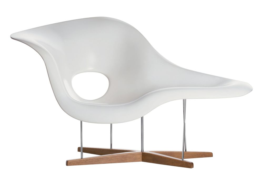 https://res.cloudinary.com/clippings/image/upload/t_big/dpr_auto,f_auto,w_auto/v1562661916/products/la-chaise-lounge-chair-vitra-charles-ray-eames-clippings-11258368.jpg