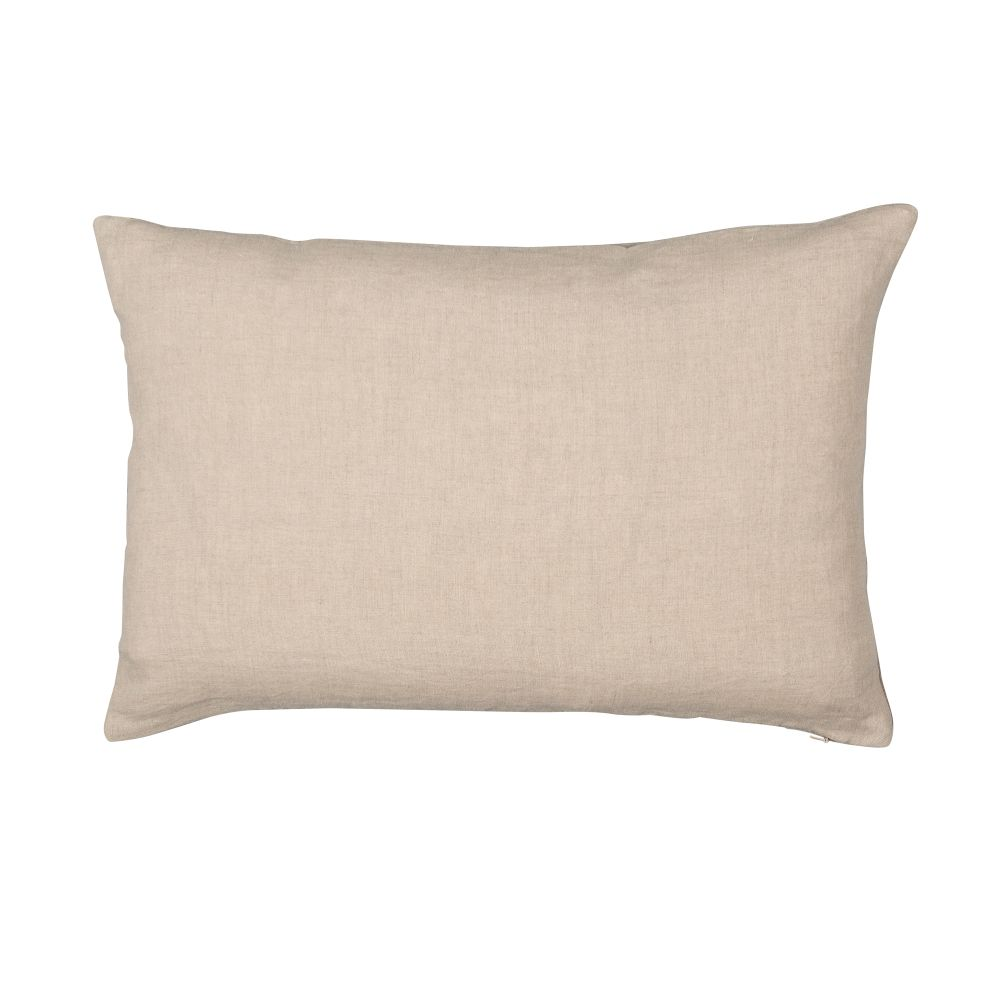 https://res.cloudinary.com/clippings/image/upload/t_big/dpr_auto,f_auto,w_auto/v1562679454/products/velvet-linen-cushion-nude-niki-jones-niki-jones-clippings-11258517.jpg