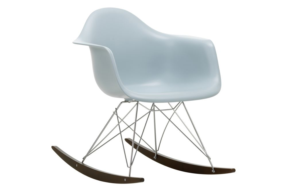 https://res.cloudinary.com/clippings/image/upload/t_big/dpr_auto,f_auto,w_auto/v1562684762/products/rar-rocking-armchair-vitra-charles-ray-eames-clippings-11259004.jpg
