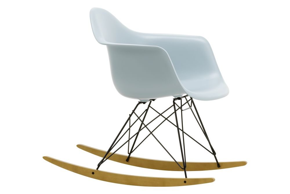 https://res.cloudinary.com/clippings/image/upload/t_big/dpr_auto,f_auto,w_auto/v1562684764/products/rar-rocking-armchair-vitra-charles-ray-eames-clippings-11259005.jpg