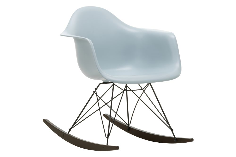 https://res.cloudinary.com/clippings/image/upload/t_big/dpr_auto,f_auto,w_auto/v1562684768/products/rar-rocking-armchair-vitra-charles-ray-eames-clippings-11259007.jpg