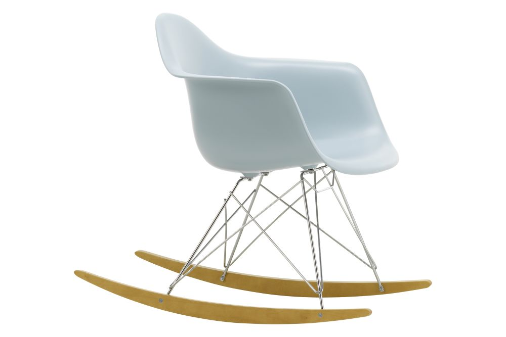 https://res.cloudinary.com/clippings/image/upload/t_big/dpr_auto,f_auto,w_auto/v1562684775/products/rar-rocking-armchair-vitra-charles-ray-eames-clippings-11259011.jpg
