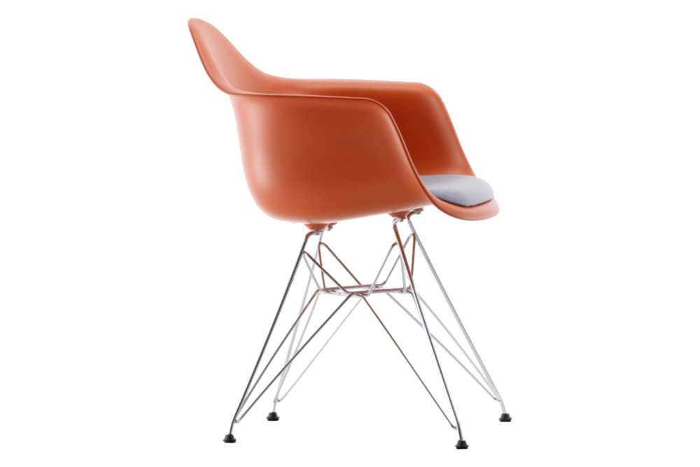 https://res.cloudinary.com/clippings/image/upload/t_big/dpr_auto,f_auto,w_auto/v1562747780/products/dar-armchair-seat-upholstered-vitra-charles-ray-eames-clippings-11259332.jpg