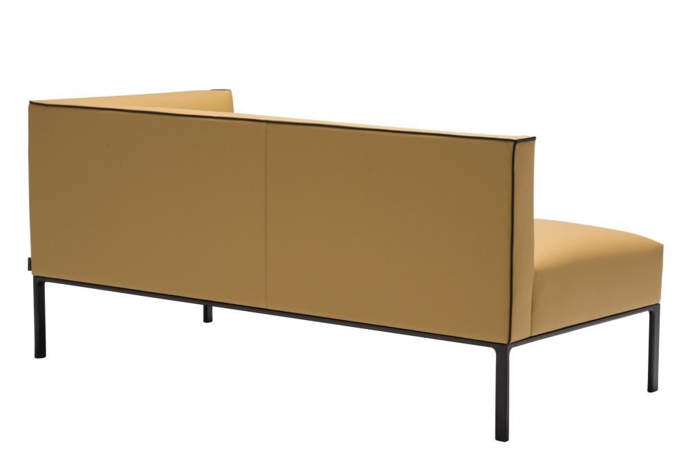 https://res.cloudinary.com/clippings/image/upload/t_big/dpr_auto,f_auto,w_auto/v1562755986/products/raglan-3-seater-corner-sofa-andreu-world-piergiorgio-cazzaniga-clippings-11259556.jpg