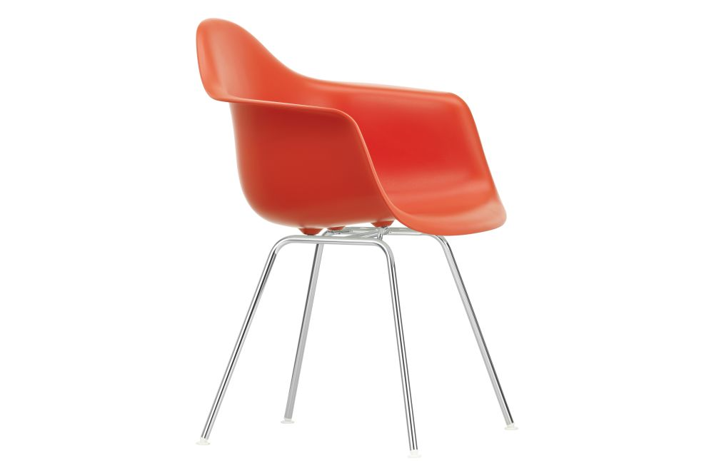https://res.cloudinary.com/clippings/image/upload/t_big/dpr_auto,f_auto,w_auto/v1562760993/products/dax-armchair-new-height-vitra-charles-ray-eames-clippings-11259570.jpg