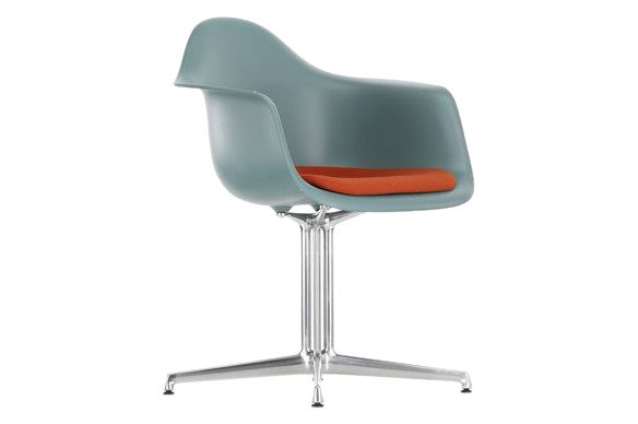 DAL Meeting Armchair - Seat Upholstered by Vitra
