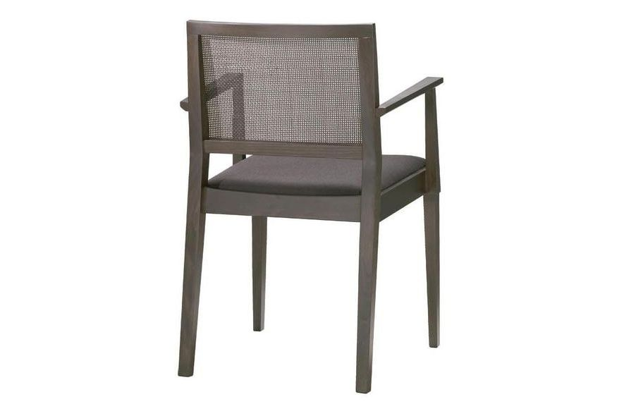https://res.cloudinary.com/clippings/image/upload/t_big/dpr_auto,f_auto,w_auto/v1562821155/products/manila-small-chair-with-arms-and-upholstered-seat-andreu-world-lievore-altherr-molina-clippings-11259726.jpg
