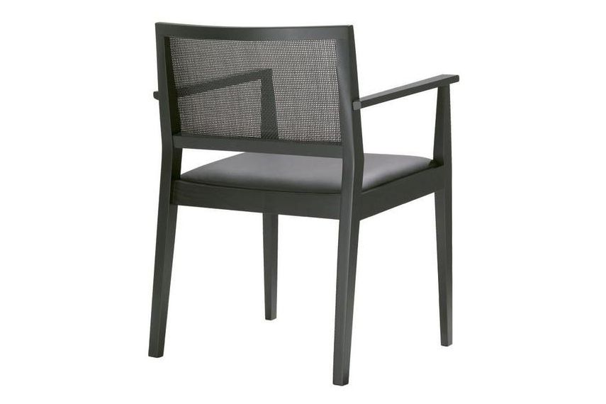 https://res.cloudinary.com/clippings/image/upload/t_big/dpr_auto,f_auto,w_auto/v1562832668/products/manila-low-back-chair-with-arms-and-upholstered-seat-andreu-world-lievore-altherr-molina-clippings-11259950.jpg