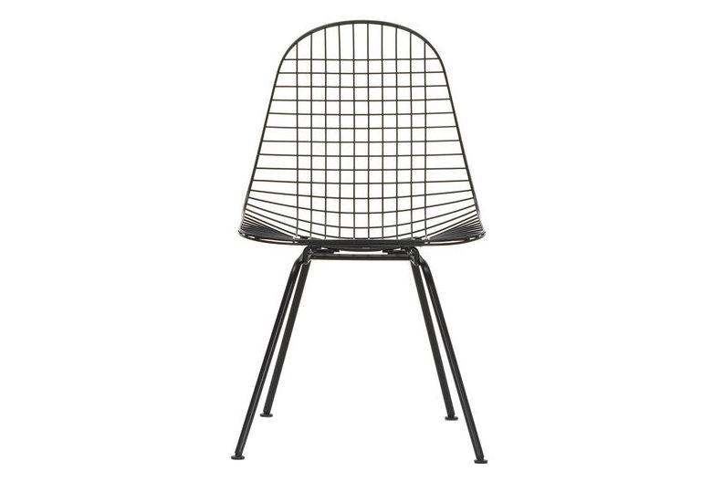01 chrome, 04 basic dark for carpet,Vitra,Dining Chairs,chair,furniture