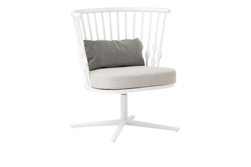 https://res.cloudinary.com/clippings/image/upload/t_big/dpr_auto,f_auto,w_auto/v1562836075/products/nub-4-star-base-lounge-chair-andreu-world-patricia-urquiola-clippings-11259990.jpg