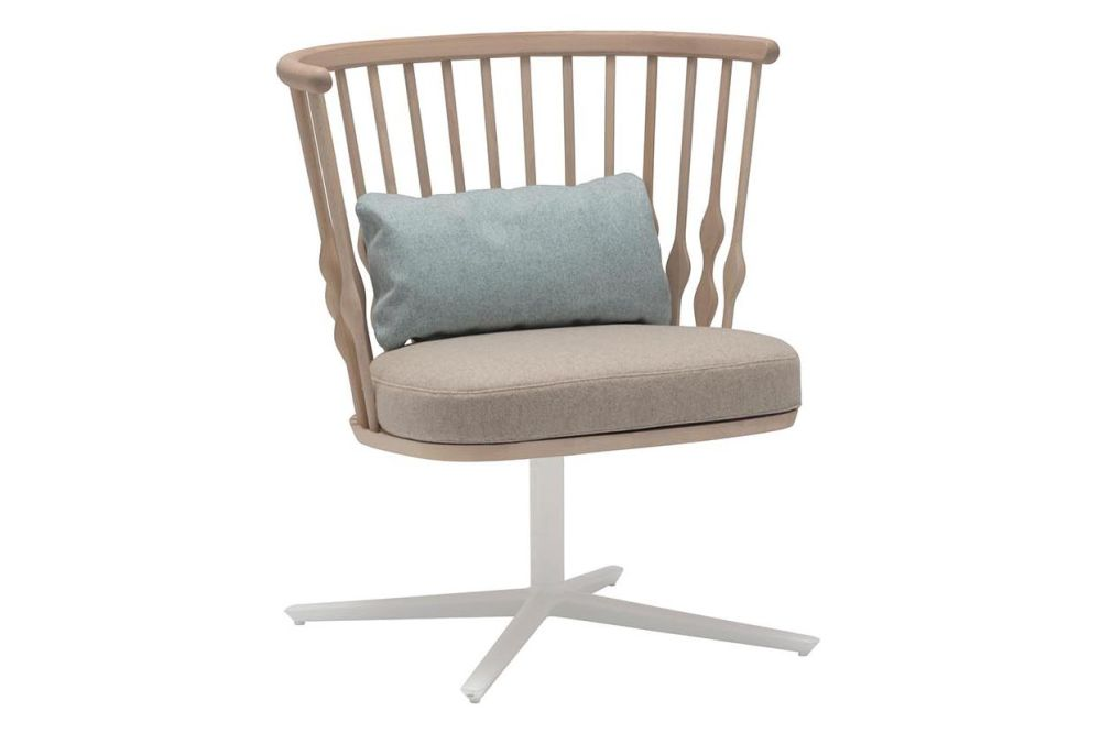https://res.cloudinary.com/clippings/image/upload/t_big/dpr_auto,f_auto,w_auto/v1562836095/products/nub-4-star-base-lounge-chair-andreu-world-patricia-urquiola-clippings-11259992.jpg