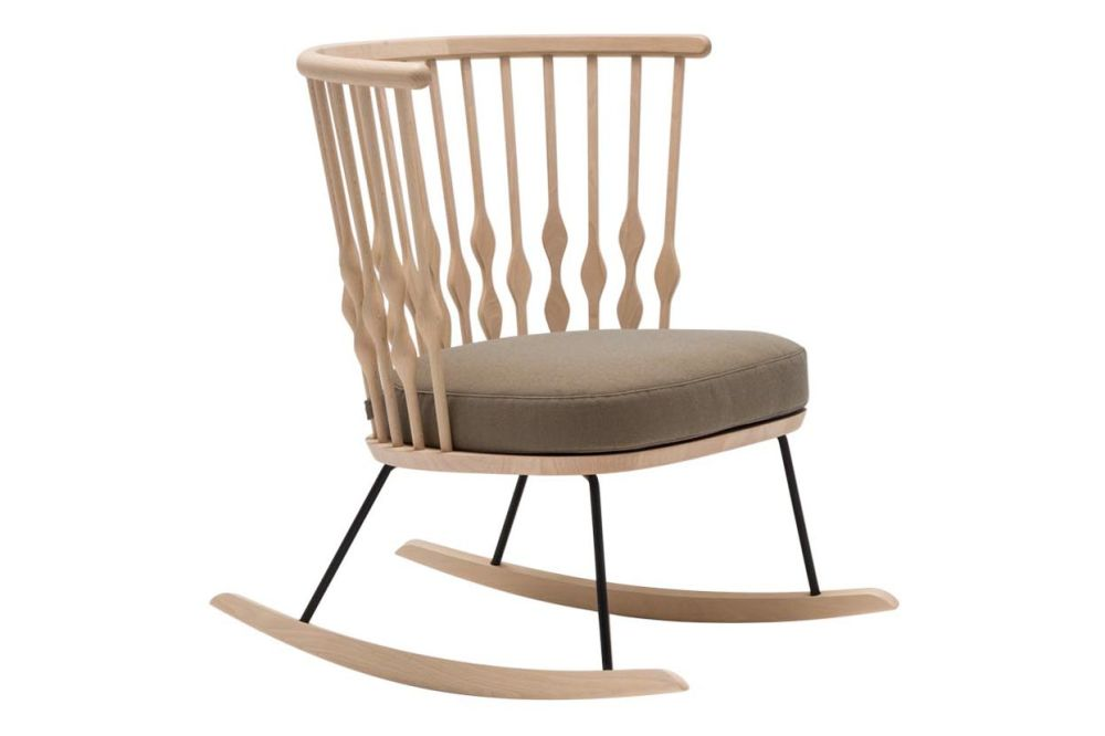 https://res.cloudinary.com/clippings/image/upload/t_big/dpr_auto,f_auto,w_auto/v1562837225/products/nub-rocker-base-lounge-chair-wood-finish-beech-wood-finish-beech-polished-chrome-steel-andreu-world-main-line-flax-andreu-world-patricia-urquiola-clippings-11259798.jpg