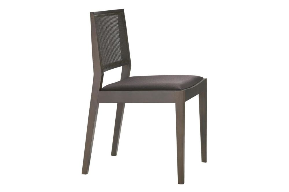 https://res.cloudinary.com/clippings/image/upload/t_big/dpr_auto,f_auto,w_auto/v1562848689/products/manila-small-chair-with-upholstered-seat-andreu-world-lievore-altherr-molina-clippings-11260735.jpg