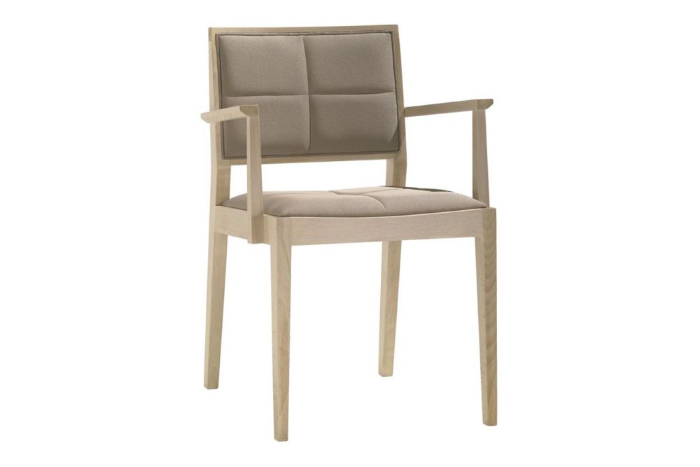 https://res.cloudinary.com/clippings/image/upload/t_big/dpr_auto,f_auto,w_auto/v1562849593/products/manila-small-chair-with-arms-and-upholstered-seat-and-backrest-andreu-world-lievore-altherr-molina-clippings-11260748.jpg