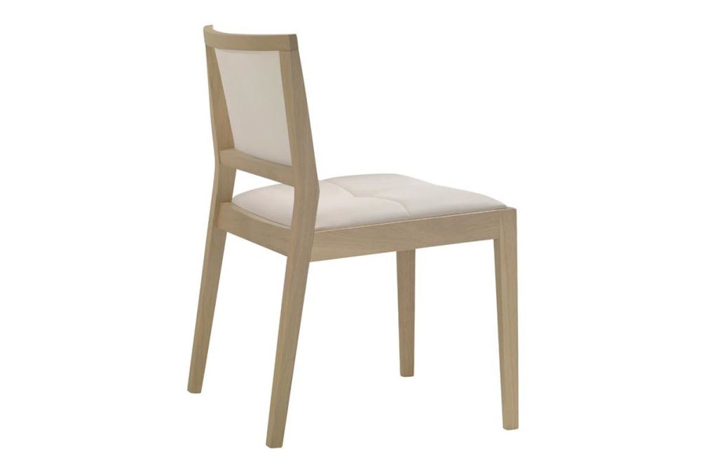 https://res.cloudinary.com/clippings/image/upload/t_big/dpr_auto,f_auto,w_auto/v1562849750/products/manila-low-back-chair-with-upholstered-seat-and-backrest-stackable-andreu-world-lievore-altherr-molina-clippings-11260752.jpg