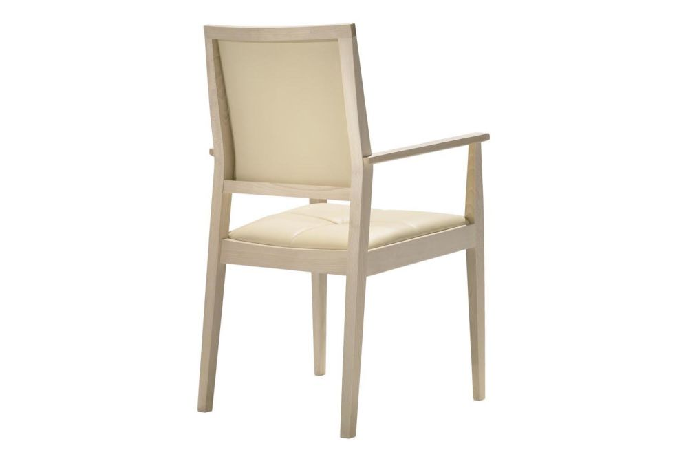 https://res.cloudinary.com/clippings/image/upload/t_big/dpr_auto,f_auto,w_auto/v1562849983/products/manila-high-backrest-chair-with-arms-and-upholstered-seat-and-backrest-andreu-world-lievore-altherr-molina-clippings-11259604.jpg