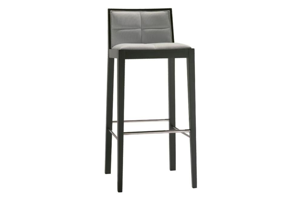 https://res.cloudinary.com/clippings/image/upload/t_big/dpr_auto,f_auto,w_auto/v1562927169/products/manila-bar-stool-with-upholstered-seat-and-backrest-andreu-world-lievore-altherr-molina-clippings-11261052.jpg