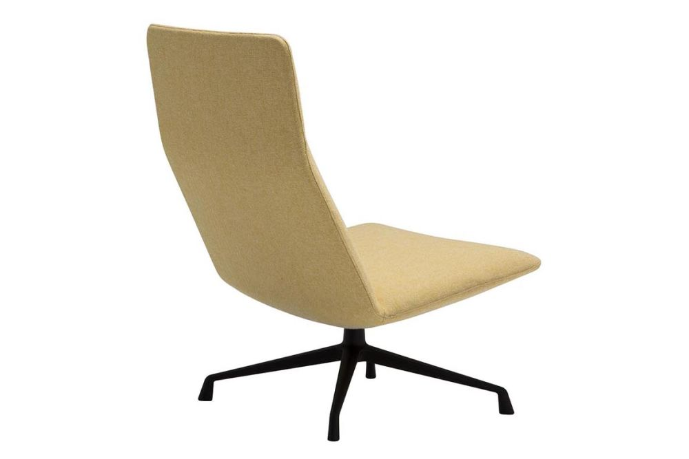 https://res.cloudinary.com/clippings/image/upload/t_big/dpr_auto,f_auto,w_auto/v1562936184/products/capri-4-star-base-lounge-chair-andreu-world-piergiorgio-cazzaniga-clippings-11261201.jpg