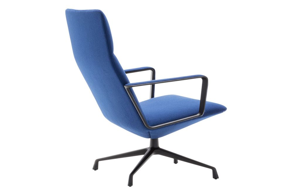 https://res.cloudinary.com/clippings/image/upload/t_big/dpr_auto,f_auto,w_auto/v1562936646/products/capri-4-star-base-lounge-chair-with-arms-and-upholstered-shell-andreu-world-piergiorgio-cazzaniga-clippings-11261219.jpg