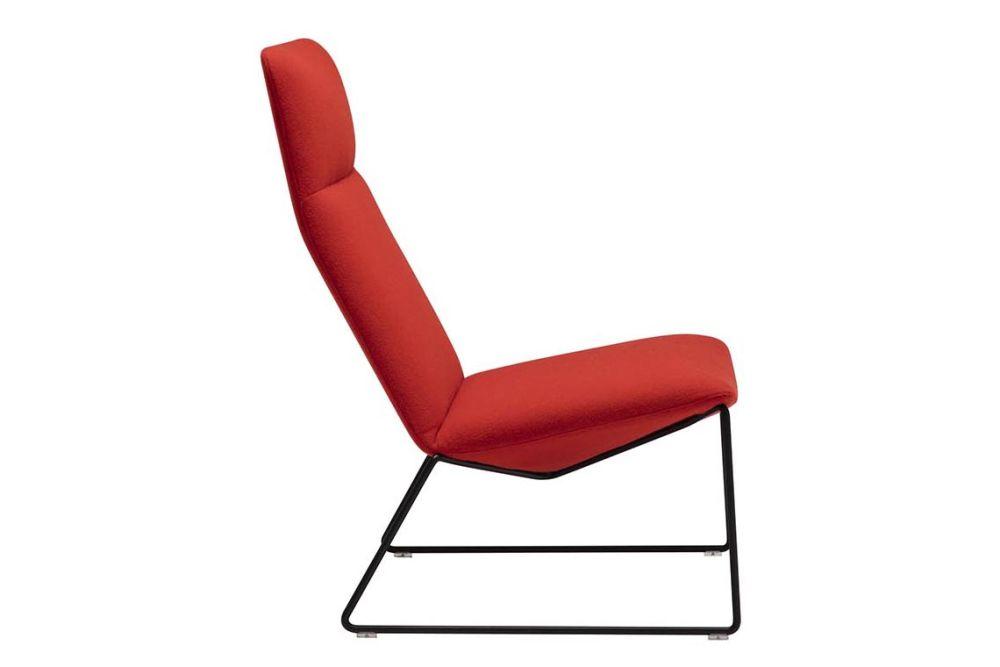 https://res.cloudinary.com/clippings/image/upload/t_big/dpr_auto,f_auto,w_auto/v1562937694/products/capri-sled-base-lounge-chair-andreu-world-piergiorgio-cazzaniga-clippings-11261254.jpg