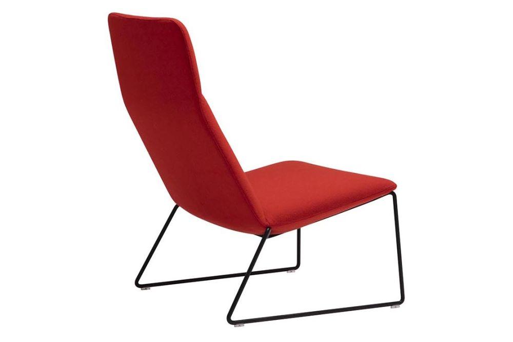 https://res.cloudinary.com/clippings/image/upload/t_big/dpr_auto,f_auto,w_auto/v1562937715/products/capri-sled-base-lounge-chair-andreu-world-piergiorgio-cazzaniga-clippings-11261255.jpg