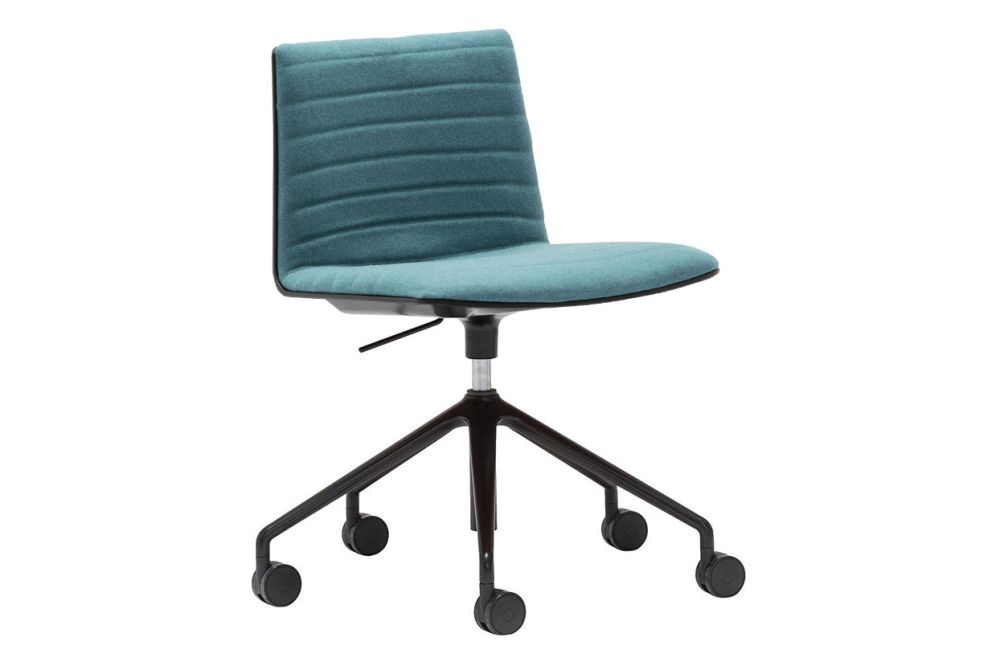 https://res.cloudinary.com/clippings/image/upload/t_big/dpr_auto,f_auto,w_auto/v1563260938/products/flex-5-star-base-chair-with-upholstered-shell-pad-and-castors-andreu-world-jacquard-one-thermo-polymer-6000-polished-aluminium-andreu-world-piergiorgio-cazzaniga-clippings-11264370.jpg