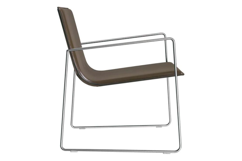 https://res.cloudinary.com/clippings/image/upload/t_big/dpr_auto,f_auto,w_auto/v1563328927/products/lineal-lounge-chair-with-arms-set-of-2-andreu-world-lievore-altherr-molina-clippings-11265541.jpg