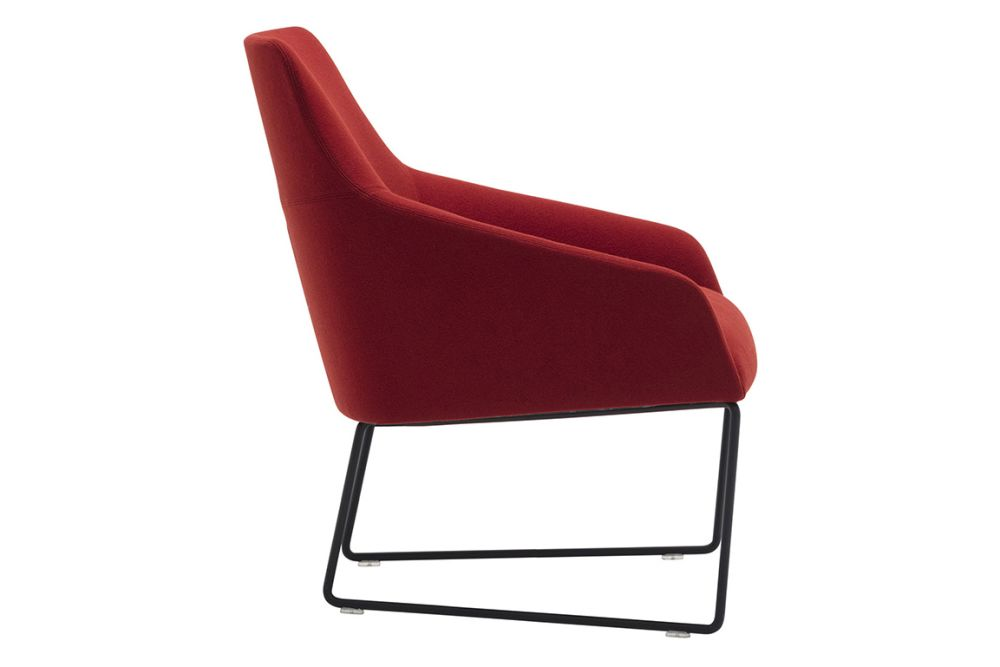 https://res.cloudinary.com/clippings/image/upload/t_big/dpr_auto,f_auto,w_auto/v1563345691/products/alya-sled-base-low-back-lounge-chair-andreu-world-lievore-altherr-molina-clippings-11265722.jpg