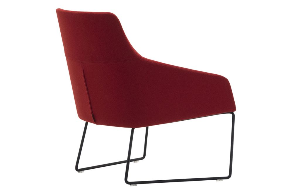 https://res.cloudinary.com/clippings/image/upload/t_big/dpr_auto,f_auto,w_auto/v1563345724/products/alya-sled-base-low-back-lounge-chair-andreu-world-lievore-altherr-molina-clippings-11265726.jpg