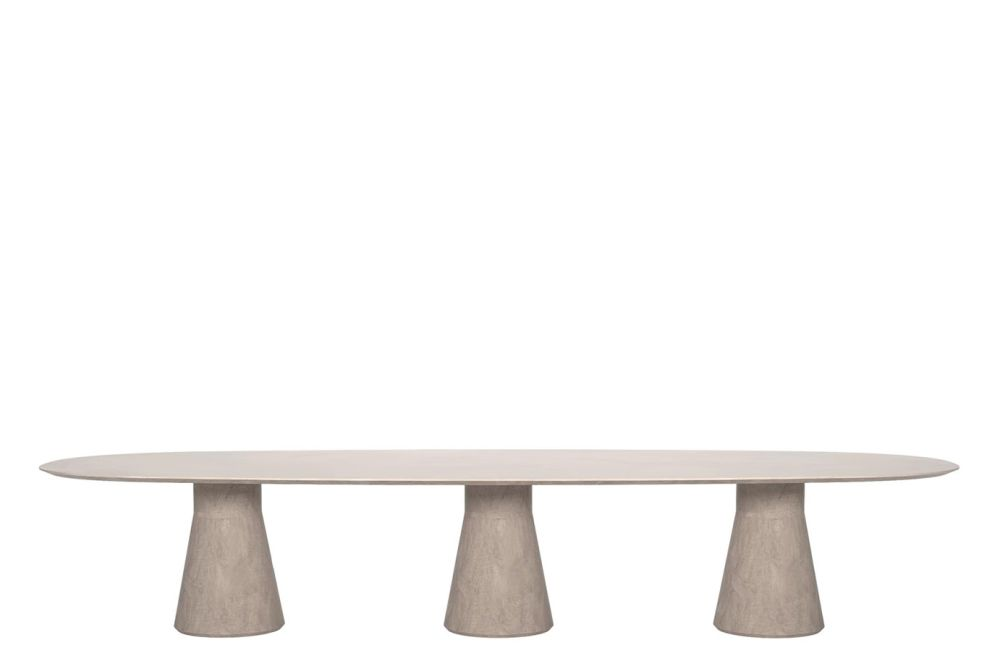 https://res.cloudinary.com/clippings/image/upload/t_big/dpr_auto,f_auto,w_auto/v1563448590/products/reverse-conference-cement-table-with-3-central-base-andreu-world-piergiorgio-cazzaniga-clippings-11266412.jpg