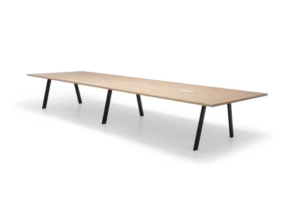 https://res.cloudinary.com/clippings/image/upload/t_big/dpr_auto,f_auto,w_auto/v1563875445/products/radial-rectangular-conference-table-with-straight-edge-andreu-world-estudio-andreu-clippings-11269254.jpg