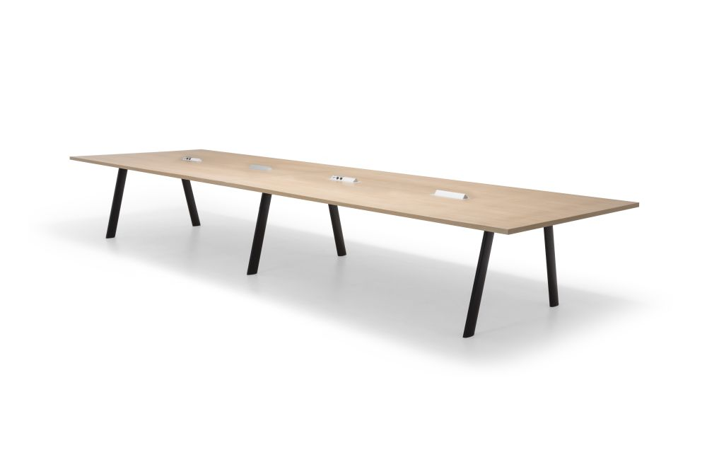 https://res.cloudinary.com/clippings/image/upload/t_big/dpr_auto,f_auto,w_auto/v1563875448/products/radial-rectangular-conference-table-with-straight-edge-andreu-world-estudio-andreu-clippings-11269255.jpg