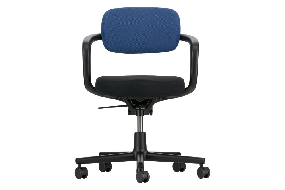 https://res.cloudinary.com/clippings/image/upload/t_big/dpr_auto,f_auto,w_auto/v1564120725/products/allstar-chair-vitra-konstantin-grcic-clippings-11270366.jpg