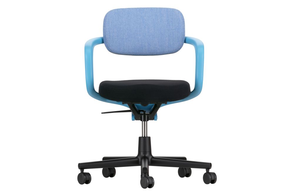 https://res.cloudinary.com/clippings/image/upload/t_big/dpr_auto,f_auto,w_auto/v1564120920/products/allstar-chair-vitra-konstantin-grcic-clippings-11270368.jpg