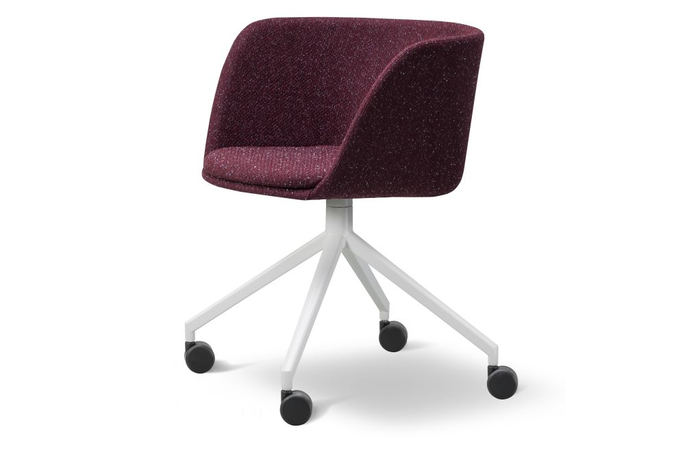 https://res.cloudinary.com/clippings/image/upload/t_big/dpr_auto,f_auto,w_auto/v1564396509/products/verve-swivel-castors-2018-fully-upholstered-fredericia-geckeler-michels-clippings-11271072.jpg