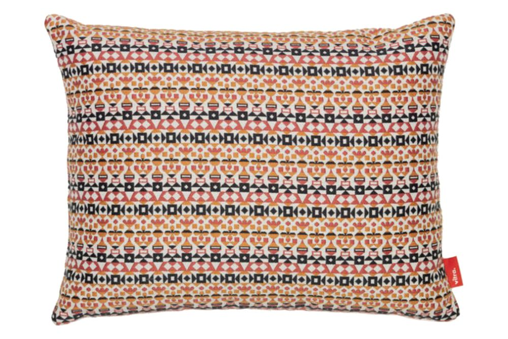 https://res.cloudinary.com/clippings/image/upload/t_big/dpr_auto,f_auto,w_auto/v1564406656/products/arabesque-classic-maharam-pillow-vitra-alexander-girard-clippings-11271162.jpg