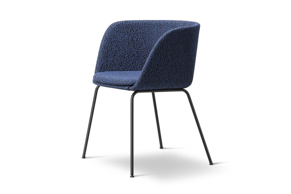 https://res.cloudinary.com/clippings/image/upload/t_big/dpr_auto,f_auto,w_auto/v1564406956/products/verve-4-leg-2018-fully-upholstered-fredericia-geckeler-michels-clippings-11271169.jpg