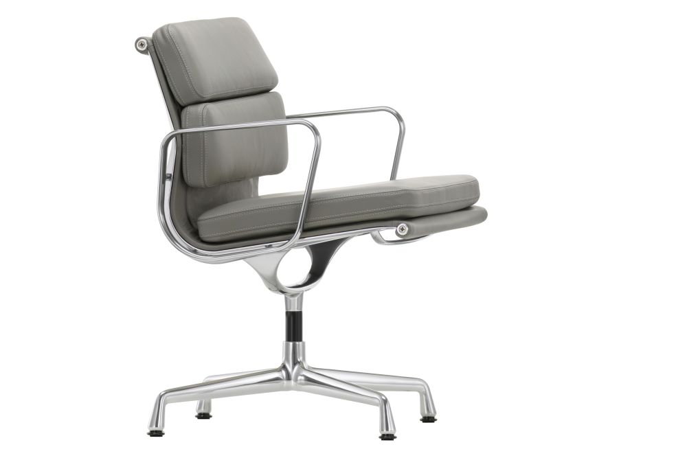 https://res.cloudinary.com/clippings/image/upload/t_big/dpr_auto,f_auto,w_auto/v1564646937/products/ea-208-soft-pad-meeting-chair-swivel-base-with-armrests-vitra-charles-ray-eames-clippings-11275023.jpg