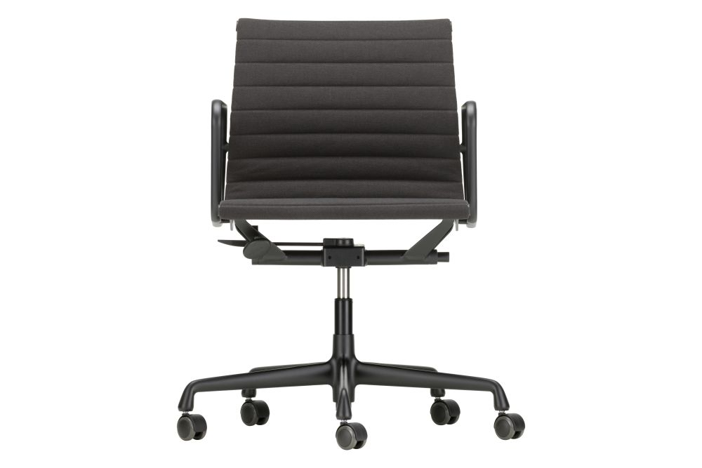 https://res.cloudinary.com/clippings/image/upload/t_big/dpr_auto,f_auto,w_auto/v1564740084/products/ea-117-aluminium-meeting-chair-swivel-with-armrests-vitra-charles-ray-eames-clippings-11275533.jpg